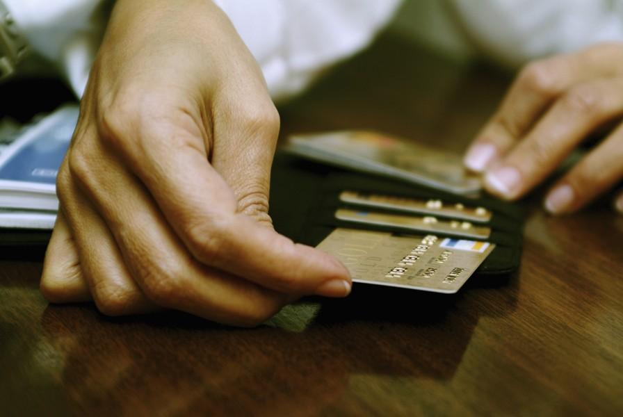 Thẻ tín dụng: Nên dùng và không nên dùng trong trường hợp nào? - Ảnh 2