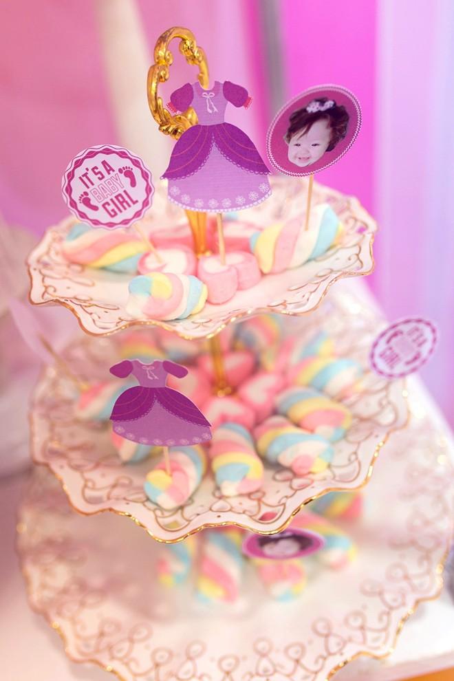 Con gái Elly Trần xinh như thiên thần trong tiệc sinh nhật 1 tuổi - Ảnh 2