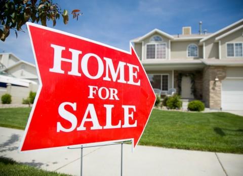 Có dưới 2 tỷ, nên mua nhà hay chung cư? - Ảnh 2