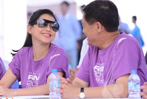 """Chuyện tình """"đẹp như phim Hàn"""" của bố mẹ chồng Tăng Thanh Hà - Ảnh 2"""