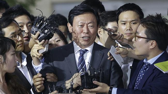 Lotte: Con trai mạo danh quyền thừa kế sa thải cha khỏi tập đoàn nghìn tỷ - Ảnh 2