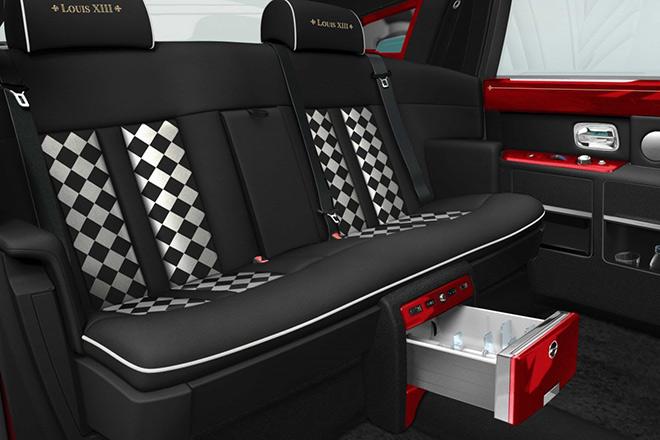 Tài sản khổng lồ của đại gia 'ném' tiền mua 30 xe sang Rolls- Royce - Ảnh 8