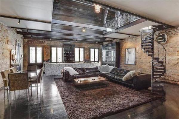 """Bí mật """"choáng váng"""" trong ngôi nhà """"ổ chuột"""" giá 1,6 triệu USD - Ảnh 2"""