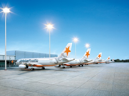 Vietnam Airlines và Jetstar Pacific hợp tác trong chương trình Bông Sen vàng - Ảnh 1