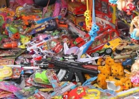 Mẹo chọn đồ chơi cho trẻ an toàn, không chứa hóa chất - Ảnh 1