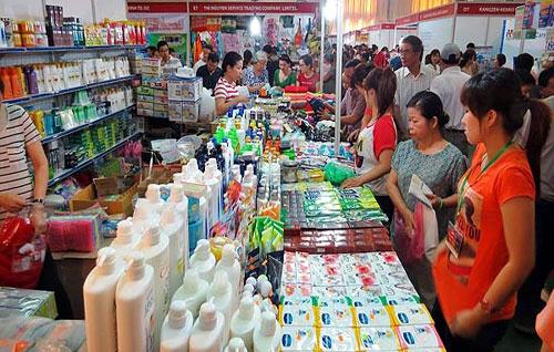 """Hàng Thái """"đổ bộ"""" thị trường Việt  từ lọ muối đến ô tô - Ảnh 1"""