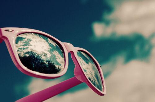 Cách chọn mua kính râm chuẩn, tránh hàng nhái - Ảnh 1