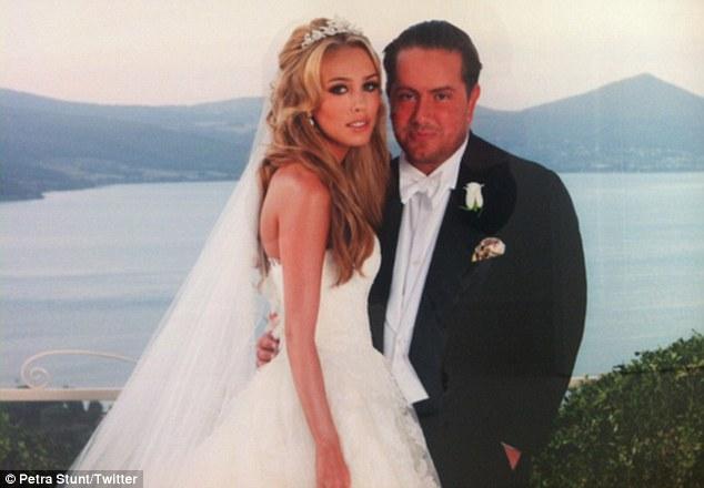 Những đám cưới trăm tỷ của cậu ấm cô chiêu nhà tỷ phú - Ảnh 5