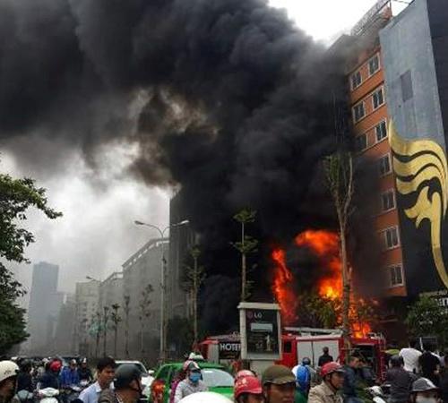 Vụ cháy quán karaoke 13 người thiệt mạng: Truy tiếp trách nhiệm các cá nhân - Ảnh 2