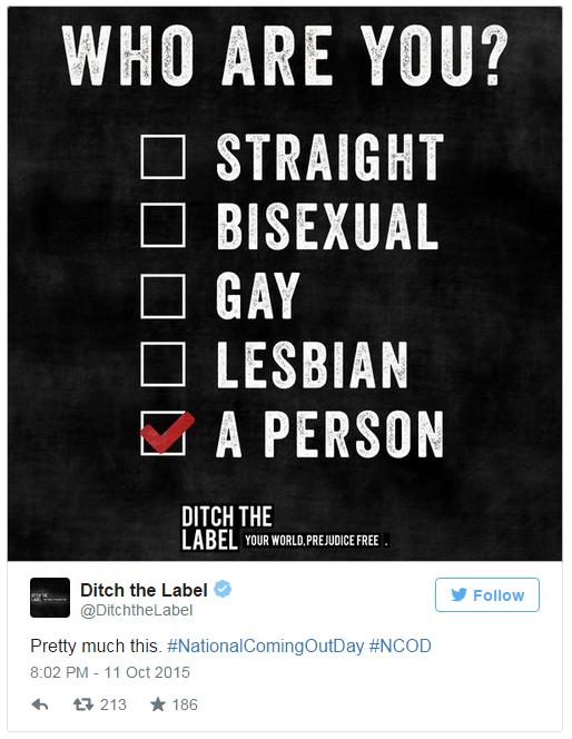"""Mạng xã hội rực sắc màu trong """"ngày come out"""" của cộng đồng LGBT thế giới - Ảnh 7"""