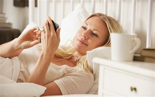10 thói quen buổi sáng vô bổ rất nhiều người mắc - Ảnh 9