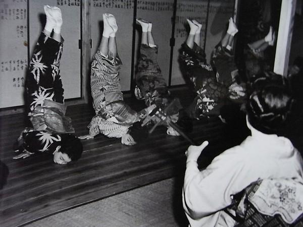 Bí quyết trẻ lâu bất ngờ của nữ nhiếp ảnh gia Nhật Bản 101 tuổi - Ảnh 5