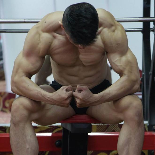 9X tăng 20 kg vẫn sở hữu cơ bụng 6 múi - Ảnh 2