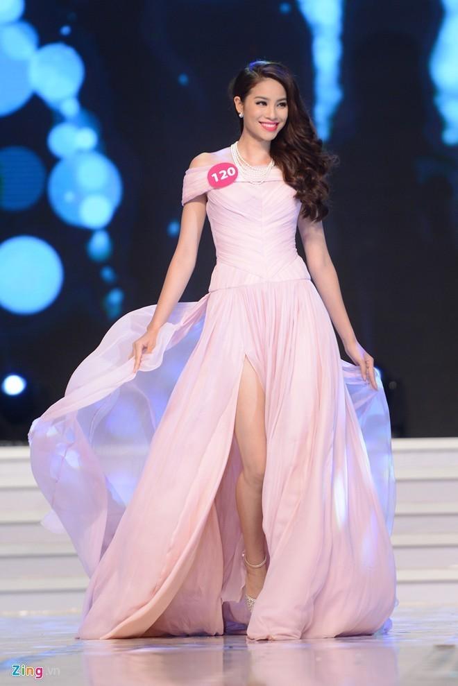 Ngắm vẻ đẹp rạng ngời của tân Hoa hậu Hoàn vũ Việt Nam 2015 - Ảnh 1