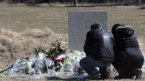 Máy bay rơi ở Pháp: Những ám ảnh của người đầu tiên đến hiện trường - Ảnh 4