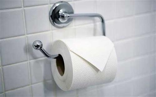"""Sai lầm """"chết người"""" của chị em khi dùng giấy vệ sinh - Ảnh 1"""