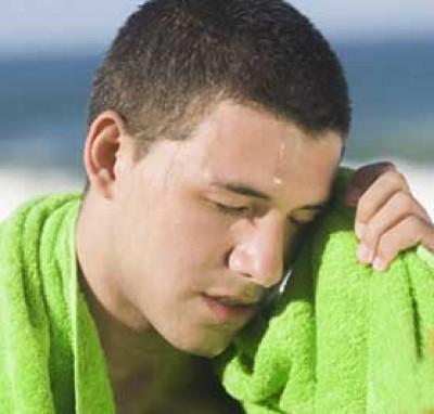 Làm sao để hạn chế mồ hôi dầu trong ngày hè oi bức? - Ảnh 1