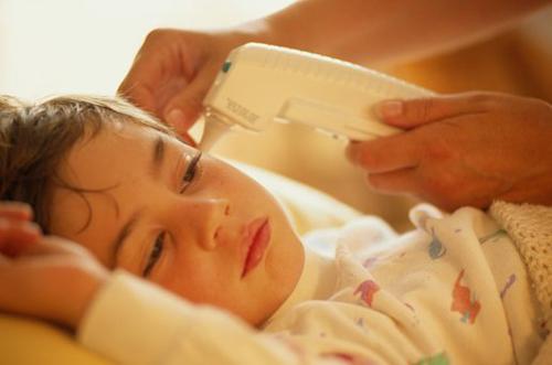 Dấu hiệu nhận biết của bệnh sốt xuất huyết - Ảnh 2