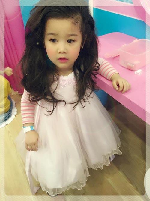 Lộ ảnh những em bé Việt xinh như thiên thần - Ảnh 2