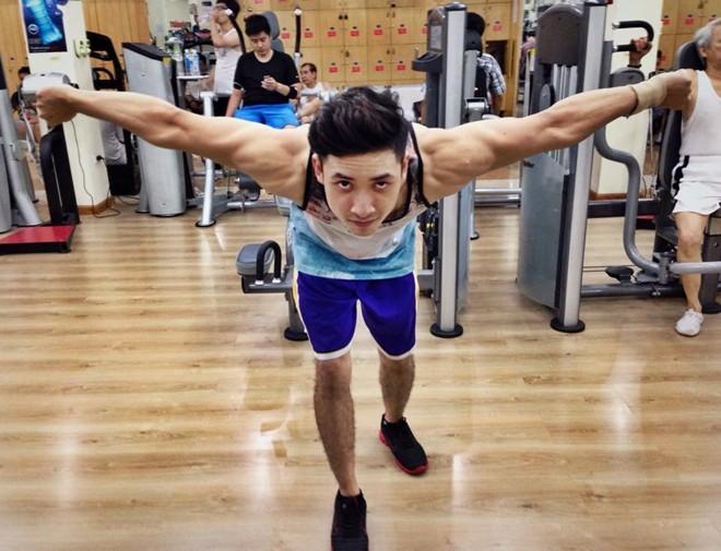 Chàng trai bị bệnh tim trở thành HLV thể hình 6 múi - Ảnh 7
