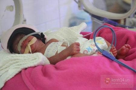 Con gái của người mẹ trẻ bị ung thư máu đã qua đời khi chỉ tròn 8 ngày tuổi - Ảnh 1