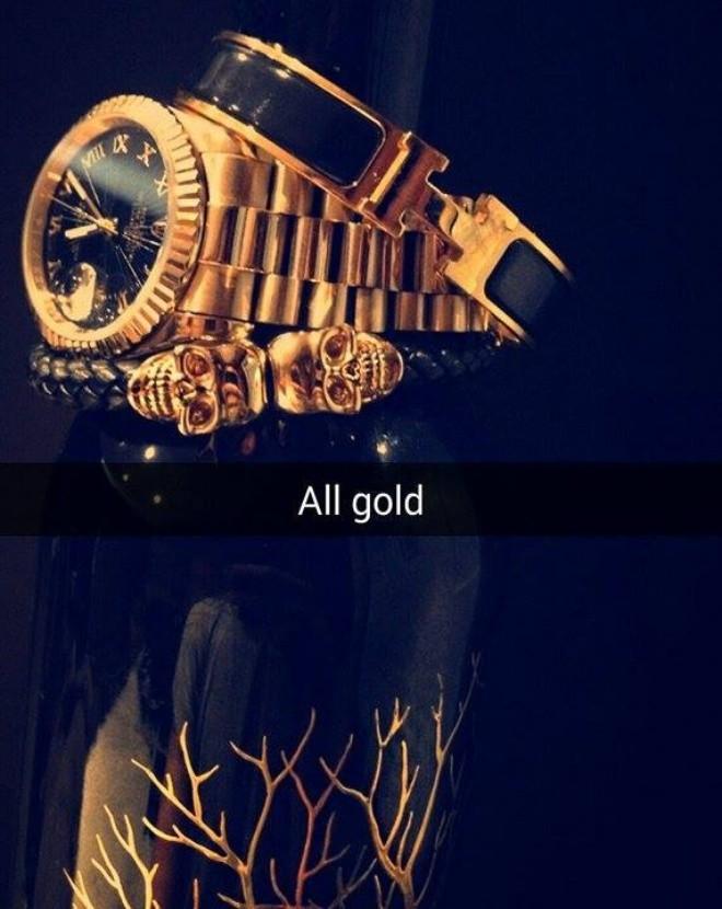 Lối sống khoe khoang của hội con nhà giàu qua Snapchat - Ảnh 1