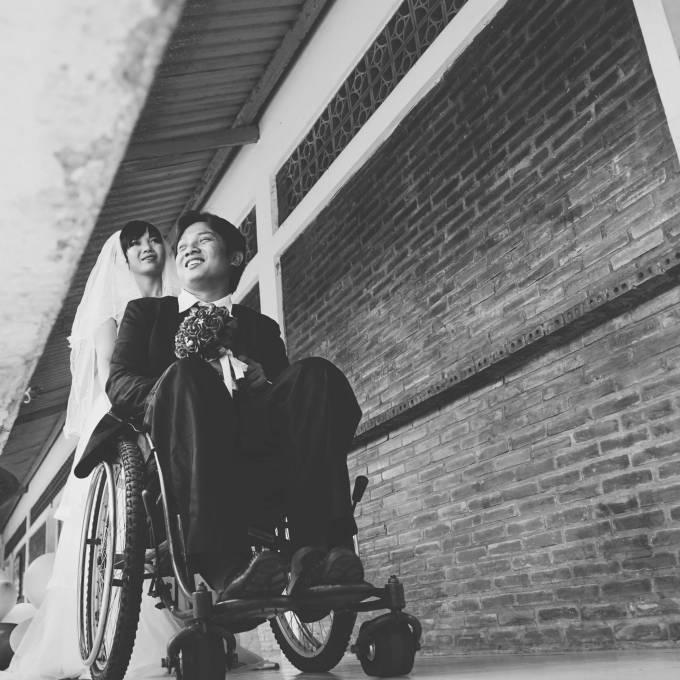 Chuyện tình cảm động của cô gái xinh đẹp và chàng trai khuyết tật - Ảnh 3