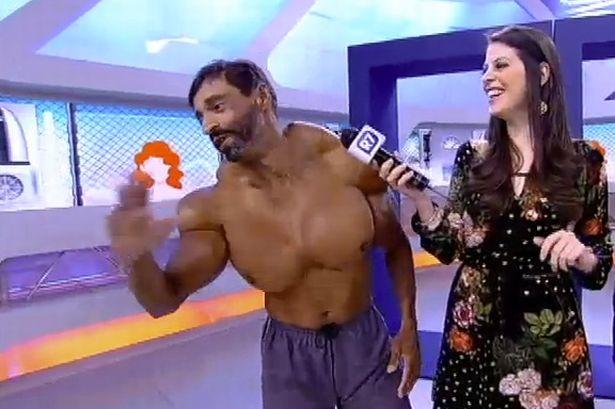 """Người đàn ông có cơ bắp cực """"dị"""" - Ảnh 2"""