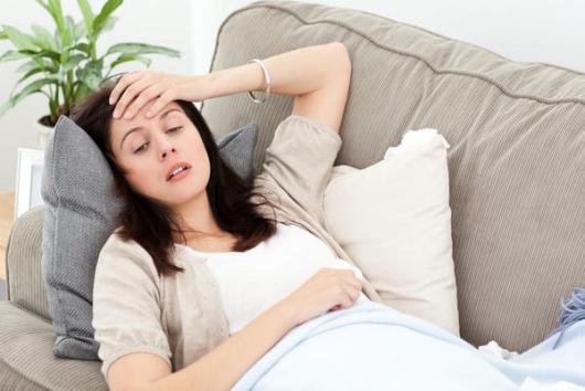 Đau đầu ở bà bầu: Nguyên nhân và cách chữa trị - Ảnh 1