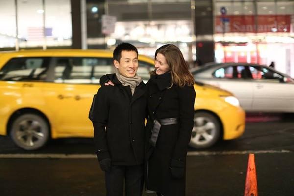 """Cặp đôi """"yêu nhau 6 tháng, mất liên lạc trong 10 năm, rồi tìm được nhau"""" - Ảnh 1"""