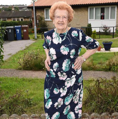 Cụ bà 92 tuổi giảm 50kg nhờ tập thể dục và bơi - Ảnh 3