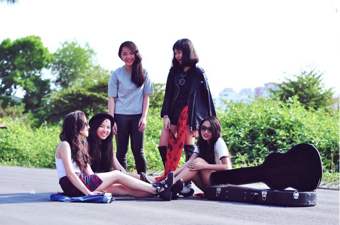 TBC - Nhóm nhạc nữ sống theo đam mê - Ảnh 2
