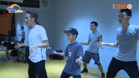Cậu bé 13 tuổi Quốc Huy và mơ ước trở thành vũ công hip hop chuyên nghiệp - Ảnh 2