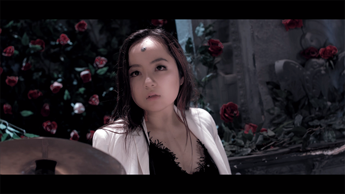 """""""Đứng ngồi không yên"""" với MV đầu tay của nhóm TBC - Ảnh 5"""