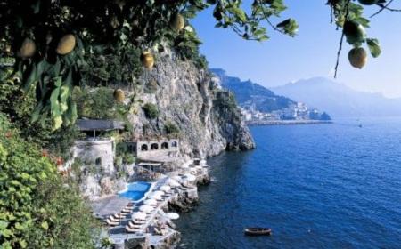 Những khách sạn bên bờ biển đẹp nhất châu Âu cho chuyến du lịch hè - Ảnh 3