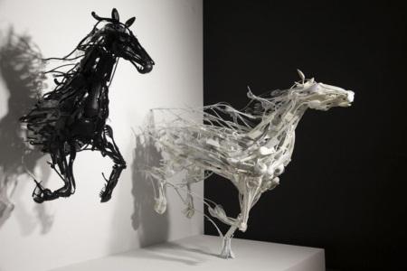 Ngắm bộ sưu tập loài vật 3D được sáng chế từ... nhựa tái chế - Ảnh 1