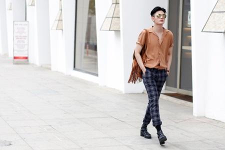 """Đào Bá Lộc ra mắt single """"Soft love"""" với phong cách streetstyle - Ảnh 4"""