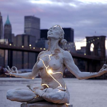Chiêm ngưỡng những tác phẩm điêu khắc tuyệt vời nhất của thế giới - Ảnh 3