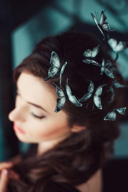 Mê mẩn loại bờm tóc lên ý tưởng từ các loài bướm rực rỡ - Ảnh 2