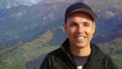 """Máy bay rơi ở Pháp: Cơ phó được gọi là """"kẻ tử vì đạo"""" trên Facebook - Ảnh 2"""