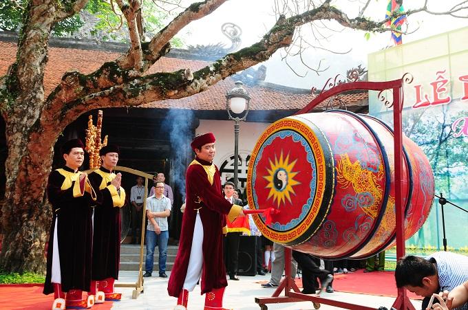 Nhộn nhịp lễ khai hội Tây Thiên 2015 - Ảnh 2