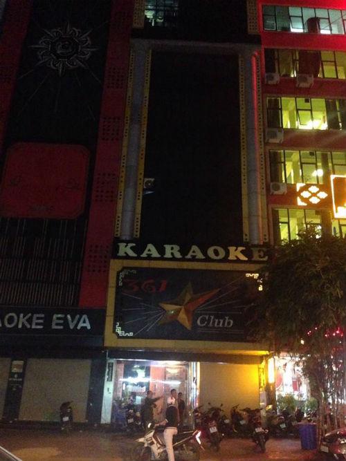Các quán karaoke Cầu Giấy có thực hiện nghiêm việc dừng hoạt động? - Ảnh 2