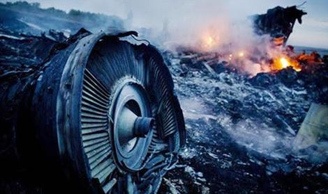 Sắp phát sóng phim tư liệu về thủ phạm bắn máy bay MH17 - Ảnh 1