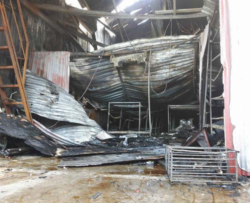 Lời kể nhân chứng vụ cháy xưởng bánh khiến 8 người tử vong - Ảnh 1