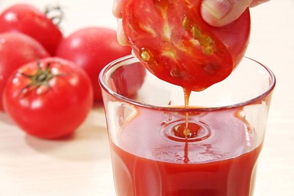 Cách làm sinh tố cà chua giảm cân, cho làn da rạng ngời - Ảnh 3