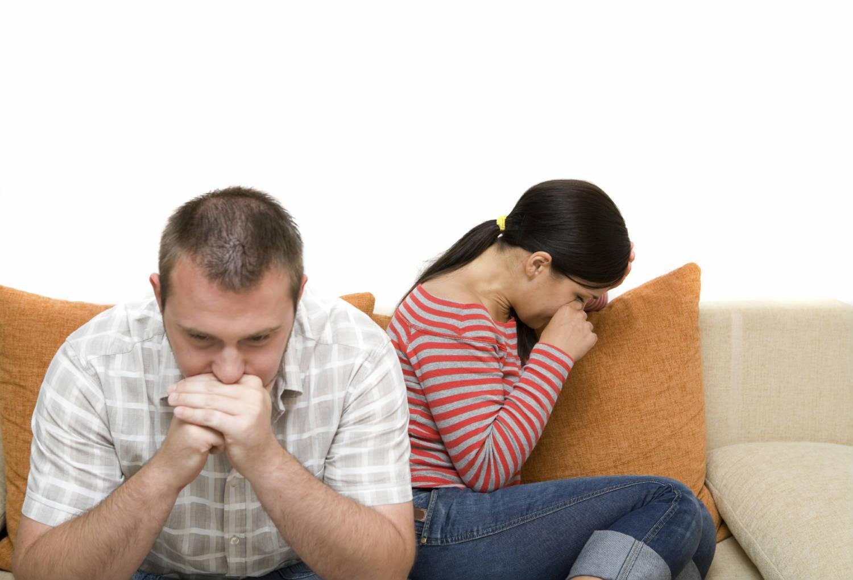 Đau đớn bắt gặp chồng đưa nhân tình đi khám thai - Ảnh 1