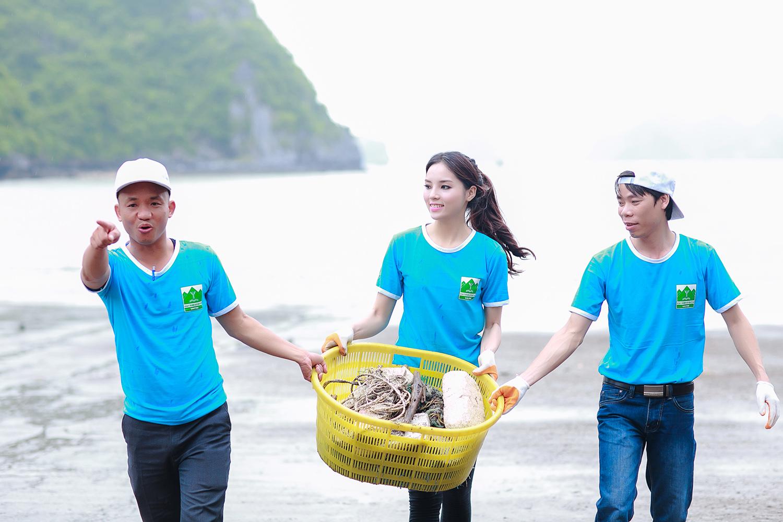 Hoa hậu Kỳ Duyên nói gì về cáo buộc dựng cảnh nhặt rác? - Ảnh 2