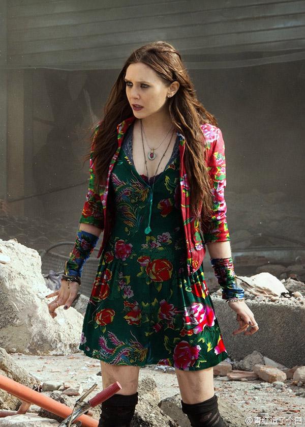 """Váy """"độc"""" của Trương Hinh Dư tại Cannes thành chủ đề """"chế"""" yêu thích - Ảnh 9"""