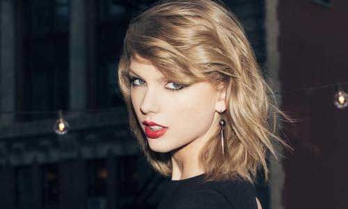 """""""Choáng"""" với thu nhập 1 triệu đô/ngày của Taylor Swift - Ảnh 3"""