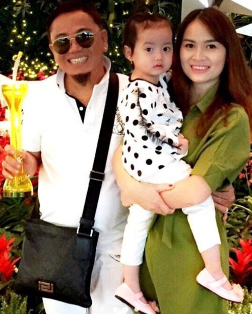 Chân dung người vợ trẻ kém nghệ sĩ Hồng Tơ 23 tuổi - Ảnh 3